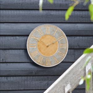 """Horus Clock 12"""""""