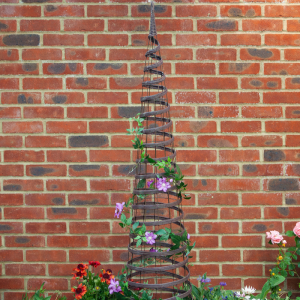 Faux Rattan Obelisk - Chestnut