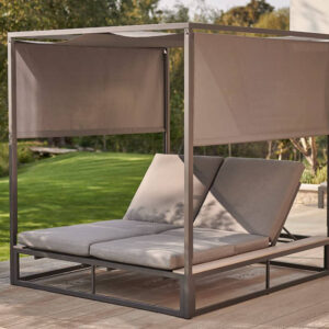 Elba Daybed with Canopy